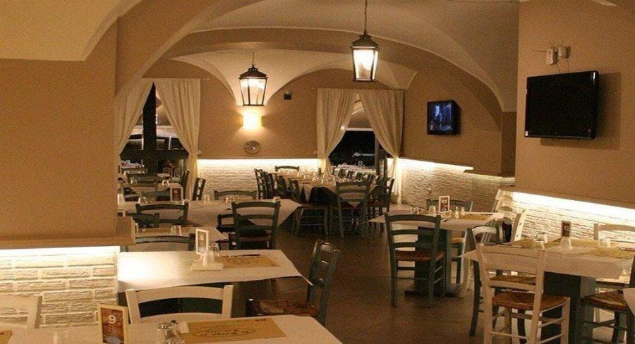 """Interni del ristorante catanese """"Il Borgo di Federico"""" in piazza Federico di Svevia. Fonte foto: Quandoo"""