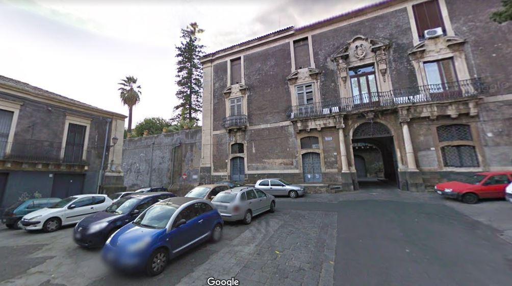 Piazza Asmundo 1