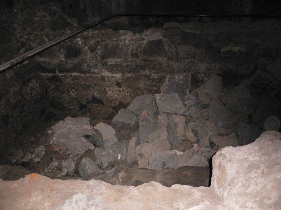 Necropoli sotto la Rinascente. Fonte foto: Live Sicilia Catania
