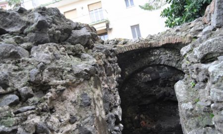 Ipogeo Quadrato a Catania. Fonte foto: Ipogeo Quadrato a Catania. Fonte foto: Stelle E Ambiente