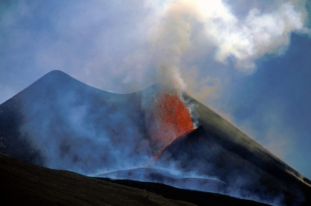 Torre del filosofo, eruzione