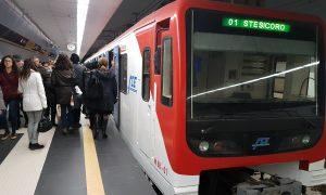 L'arrivo della metro nella stazione Stesicoro