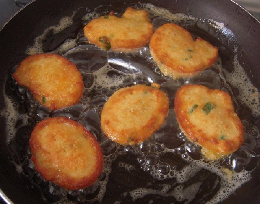 Frittate siciliane: u pisci d'ovu nella versione piccola. Foto di: Piaceredelgusto