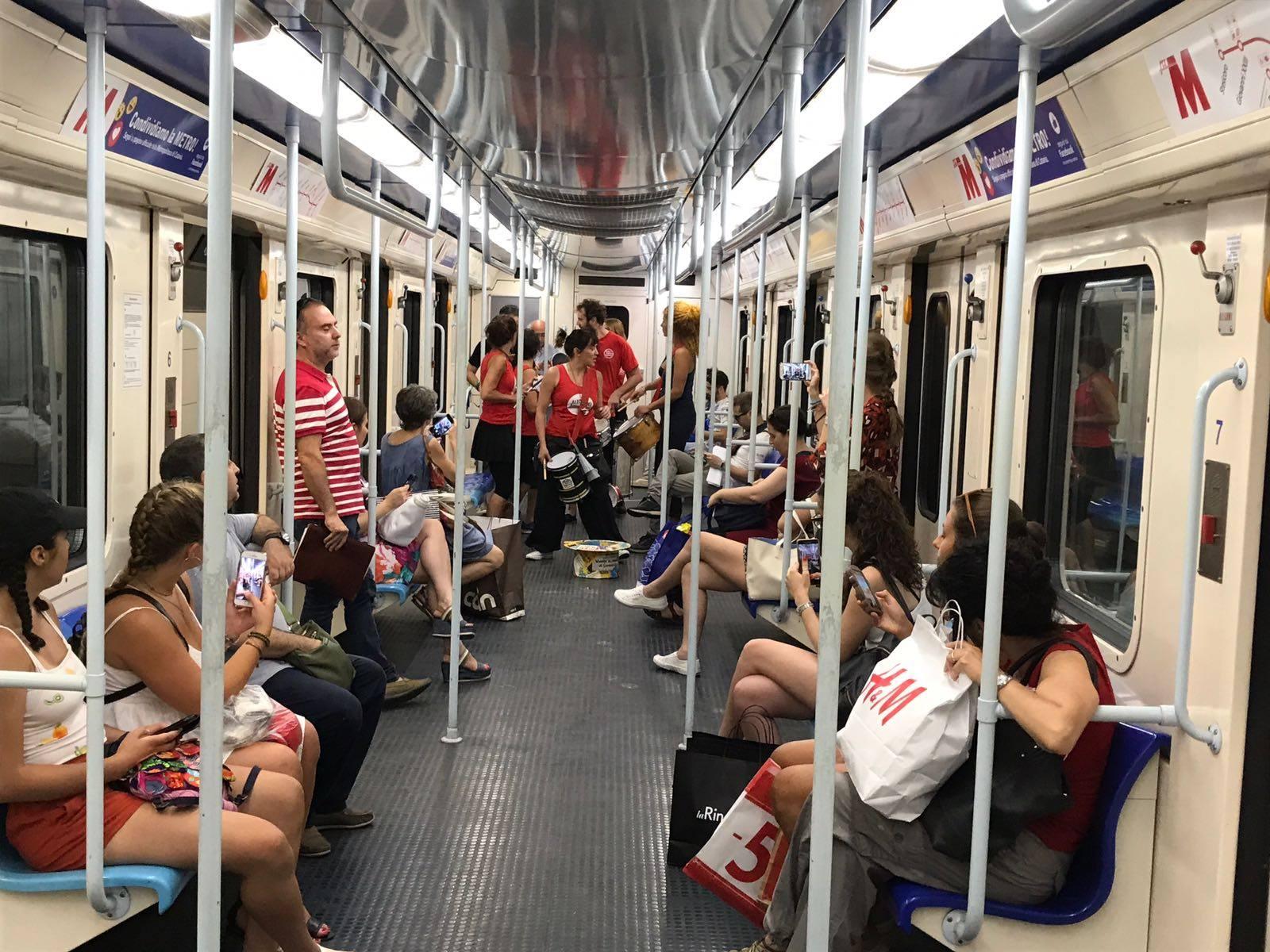 Interno elettromotrice metropolitana di Catania