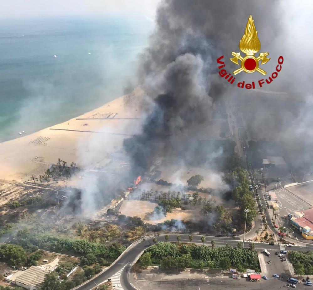 boschetto incendio playa
