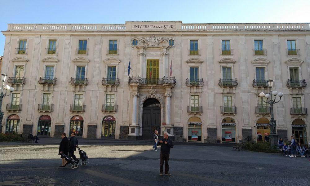 Palazzo dell'Università la facciata principale