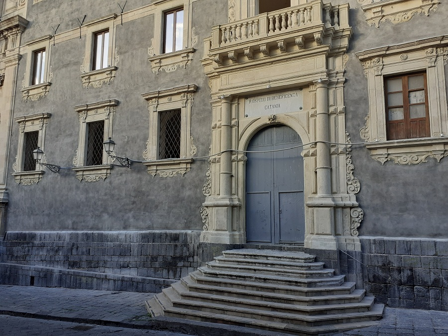 Collegio Dei Gesuiti - ingresso appena restaurato. Foto di: Valentina Friscia