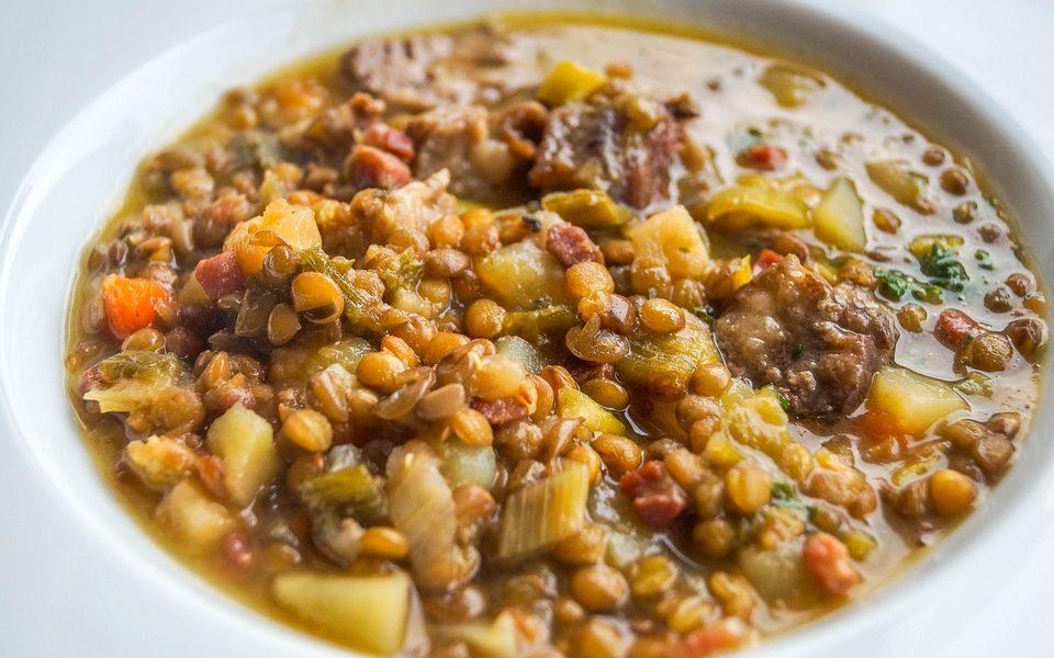 Piatti del Capodanno: la zuppa di lenticchie