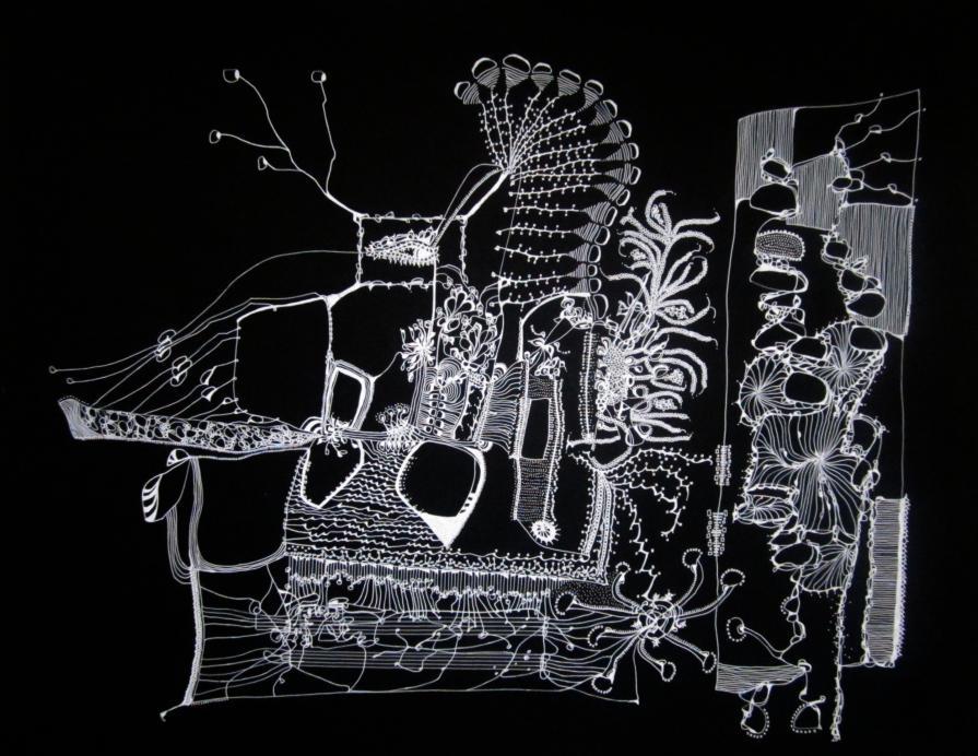 """L'artista di """"Atlante"""" ci mostra le sue precedenti opere, una di queste è Seibutsu del 2012."""