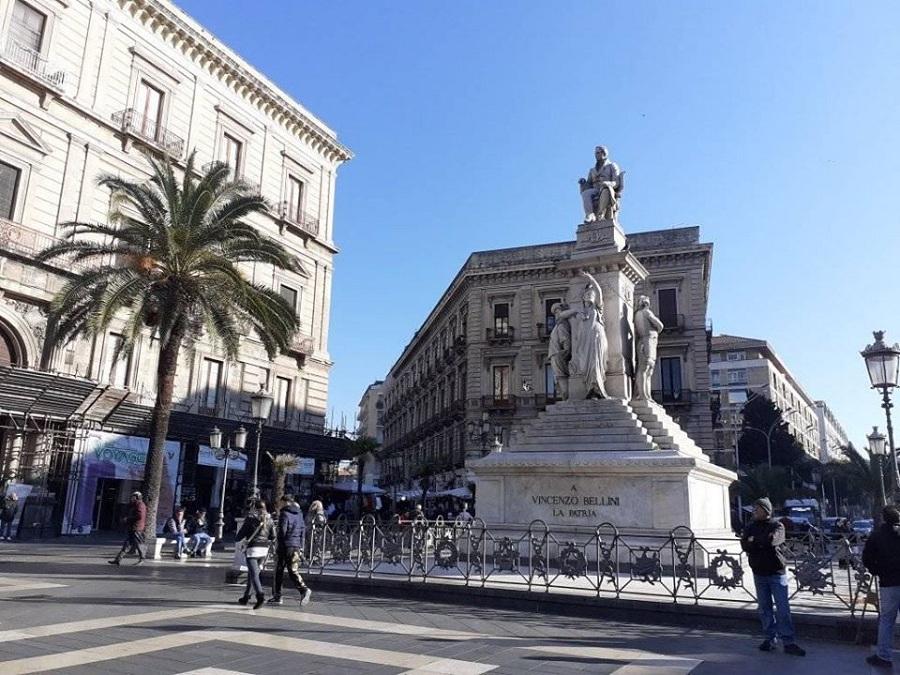 Statua Vincenzo Bellini