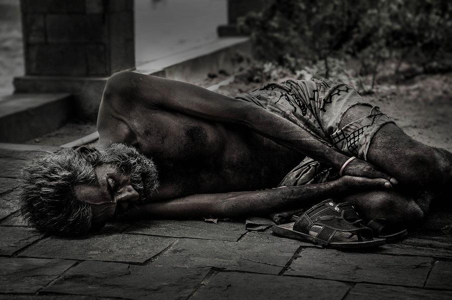 Poveri 2