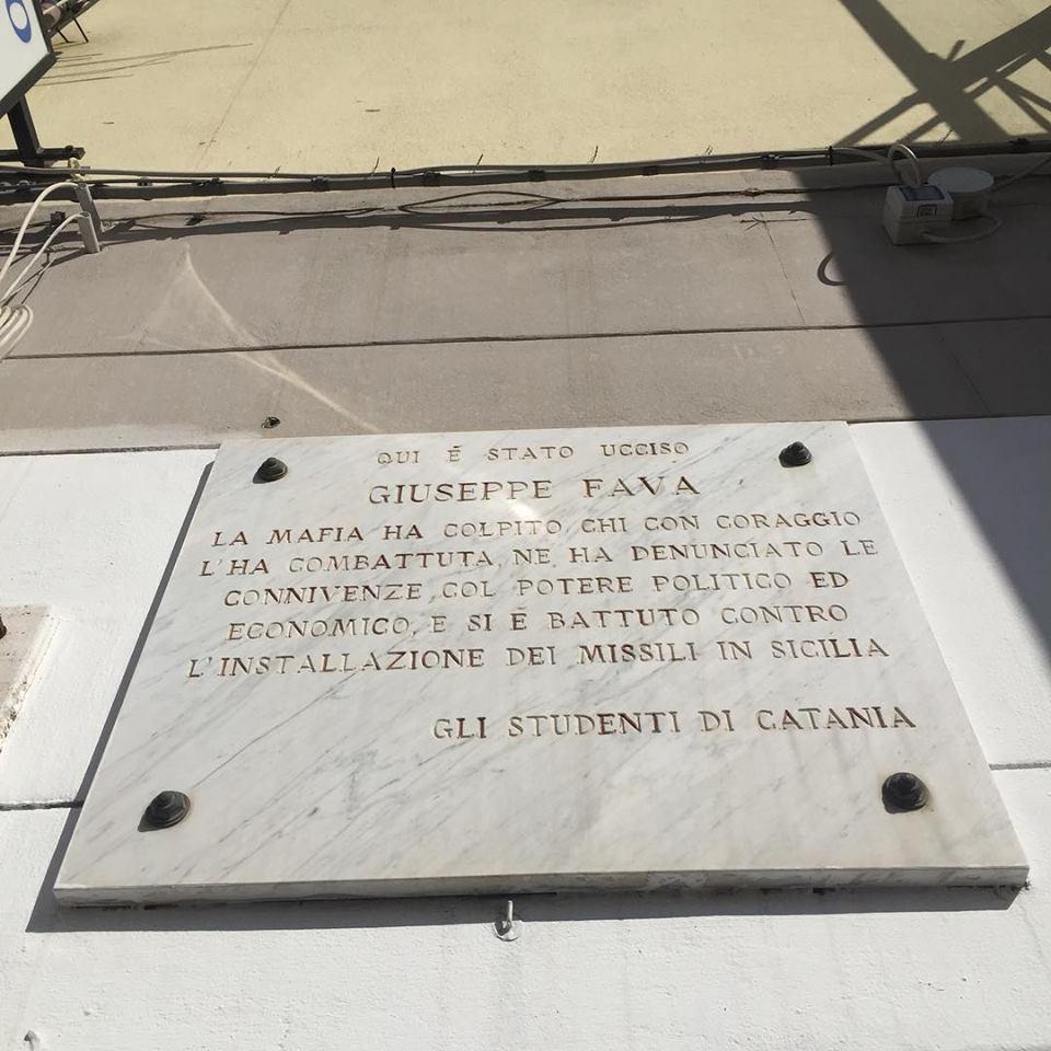 Giuseppe Fava - Targa in memoria del giornalista