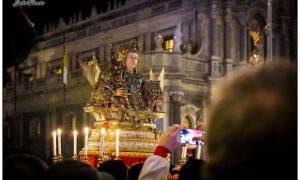 Ottava di Sant'Agata - busto reliquario in processione. Foto di Salvo Puccio.
