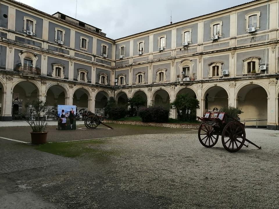 Palazzo dei Minoriti è un vero e proprio gioiello del Barocco catanese. Appartiene alla Provincia Regionale di Catania. In particolare, l'ala est dell'edificio, prospiciente su via Etnea, è la sede della Prefettura.