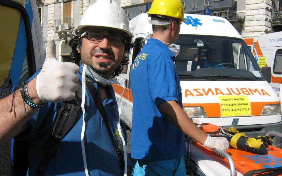 Andrea Di Placido durante una simulazione di soccorsoCopertina