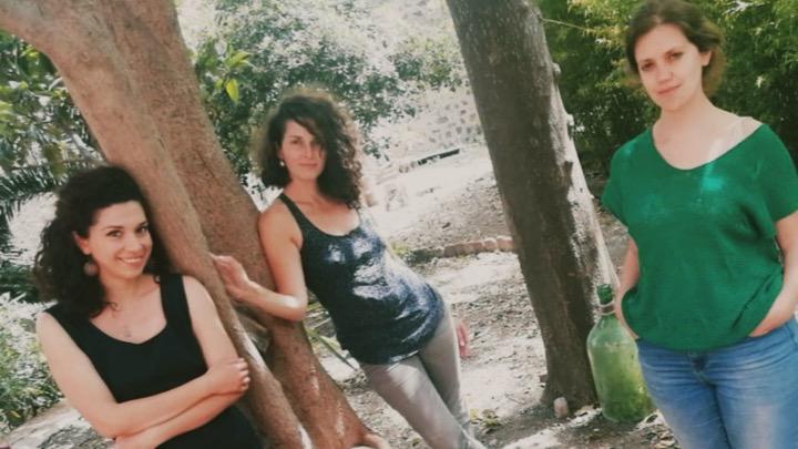 Le tre donne che hanno realizzato l'Associazione donne di Fuora a Catania