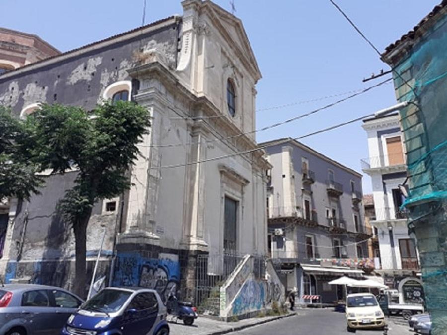 Terme dell'Indirizzo - chiesa e piazza dell'Indirizzo. Foto di: Valentina Friscia