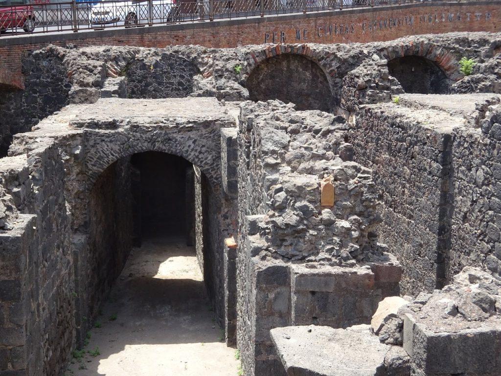 Sezione interna e percorribile dell'anfiteatro