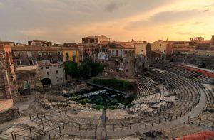 Veduta aerea dell'anfiteatro Di Catania