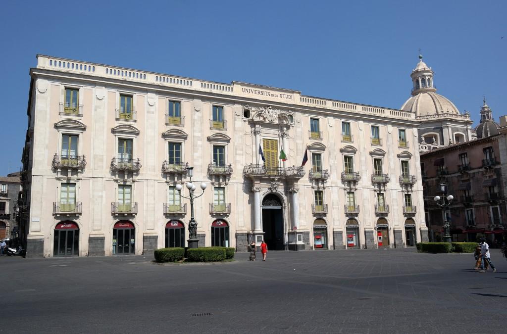 Palazzo Centrale in Piazza Università a Catania