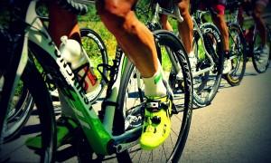 Ciclismo un gruppo di atleti - Foto: Pixabay