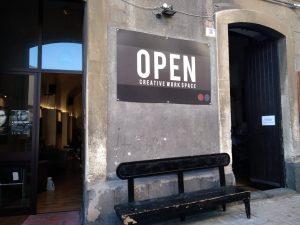 Centro Culturale Open: ingresso e logo