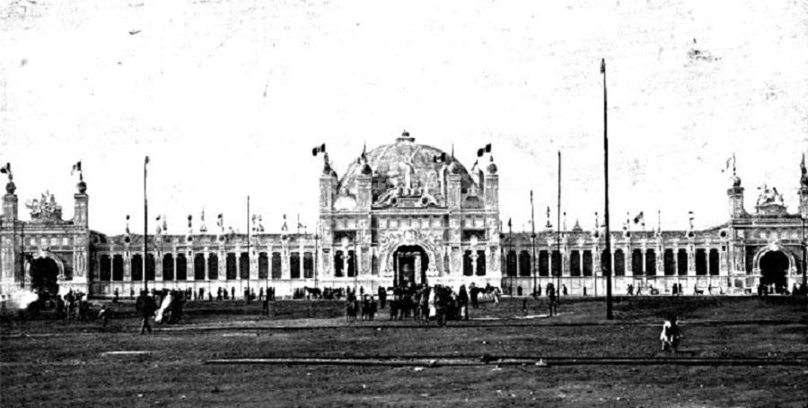 Campo Dei Cent'anni a Piazza Esposizione