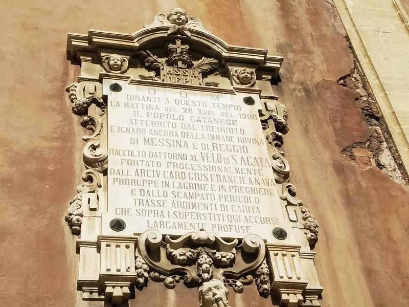 Sant'Agata al Borgo- Marmo inciso esterno alla Chiesa - Foto: Cavaleri Francesca Agata