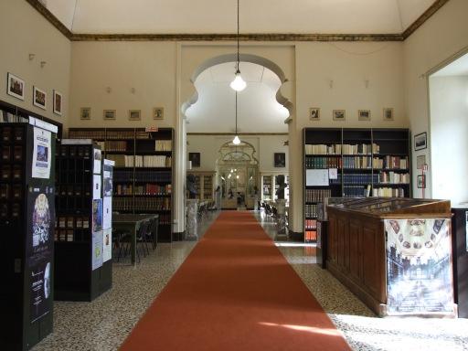 La Sala Lettura delle Biblioteche riunite - luogo sontuoso dove poter studiare