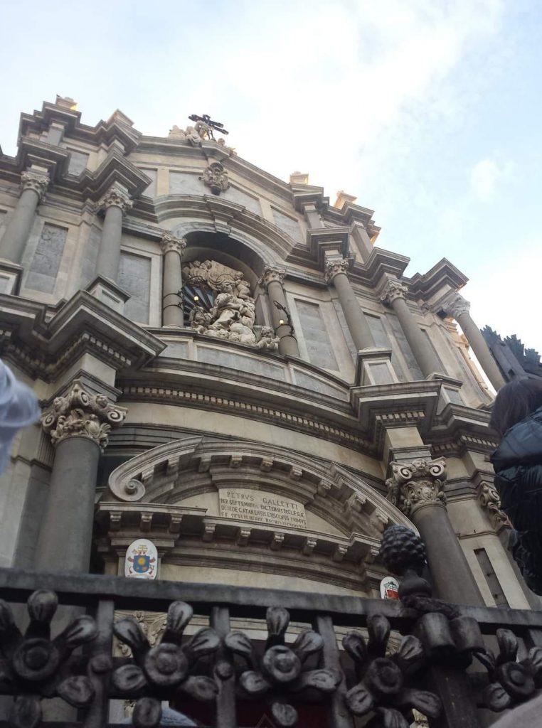Emblema del tardo barocco, è una delle attrazioni della città. L'iconico edificio risplende oggi soprattutto all'imbrunire grazie alla nuova illuminazione realizzata dalla Enel Green Power con il sistema della sponsorizzazione privata.