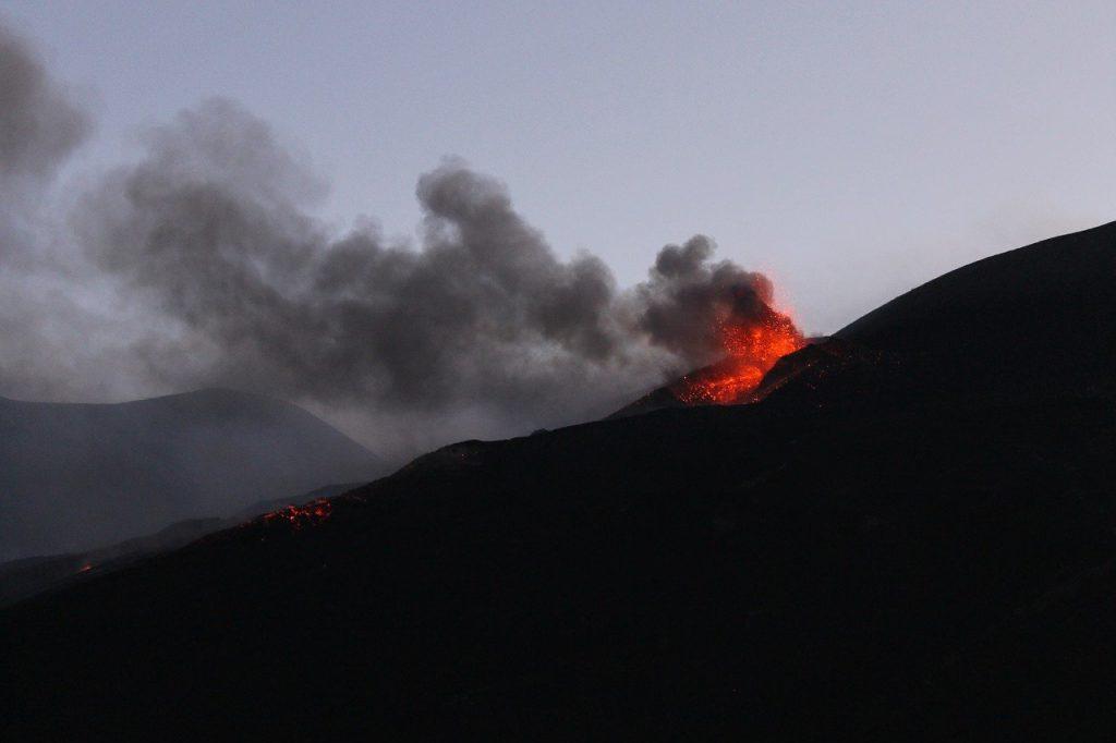 Eruption 1838809 1280