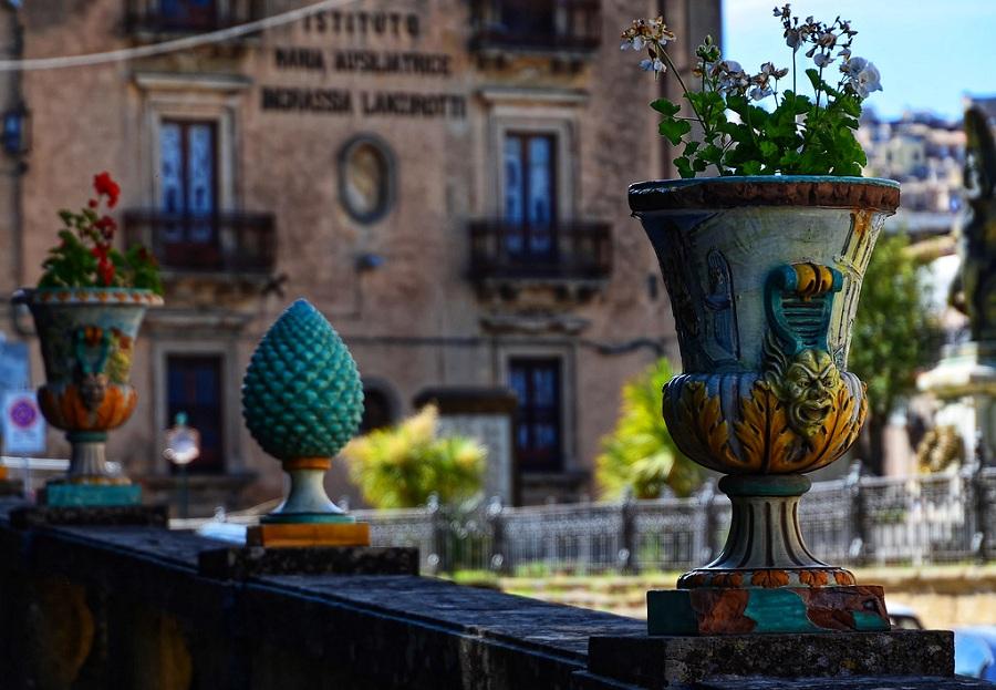 Pigne siciliane. Foto di: Sicilia Caltagirone Villa Comunale 1017 By Eso2 Is Licensed Under Cc By Nc Nd 2.0