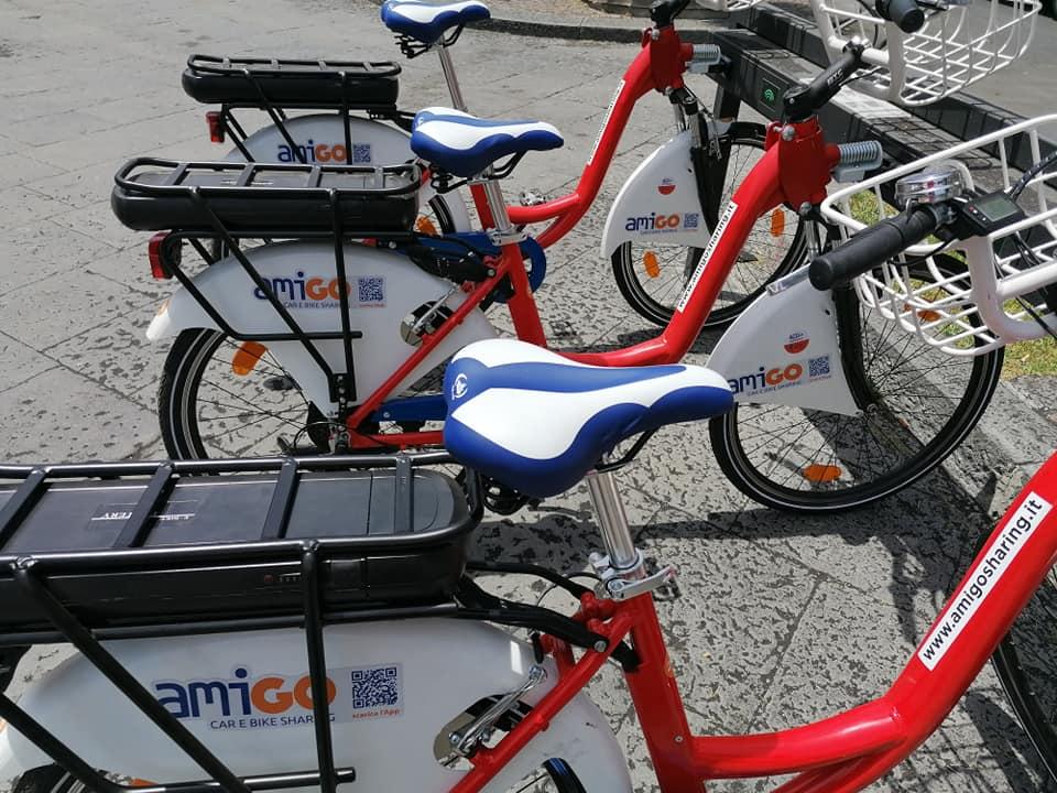 Il nuovo servizio di Bike Sharing prevede una postazione all'interno di Piazza Stesicoro.