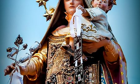 """Madonna Del Carmelo, detta anche la """"Castellana"""" in quanto patrona e protettrice della città di Catania"""