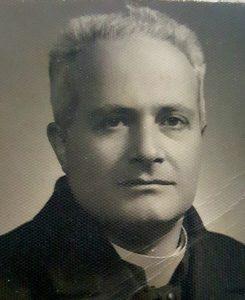 sacerdote Riccardo Stranges