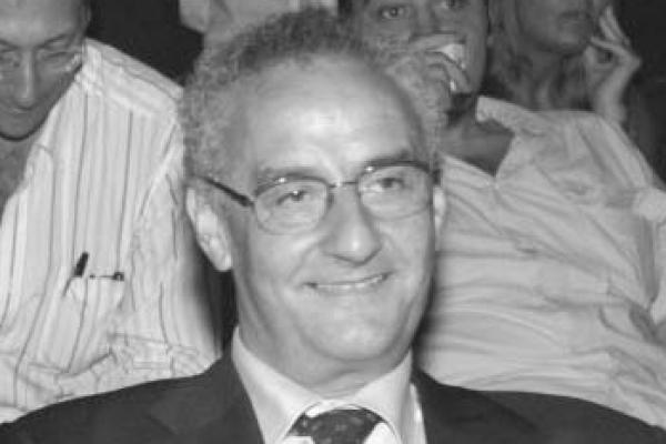 Franco Roperto: primo piano del professore