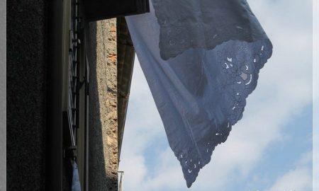 incanto: un lenzuolo al vento