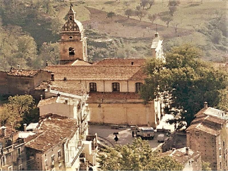 Basilica: la chiesa in passato