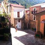 L'antico borgo di conflenti superiore: piazza chjianiattu