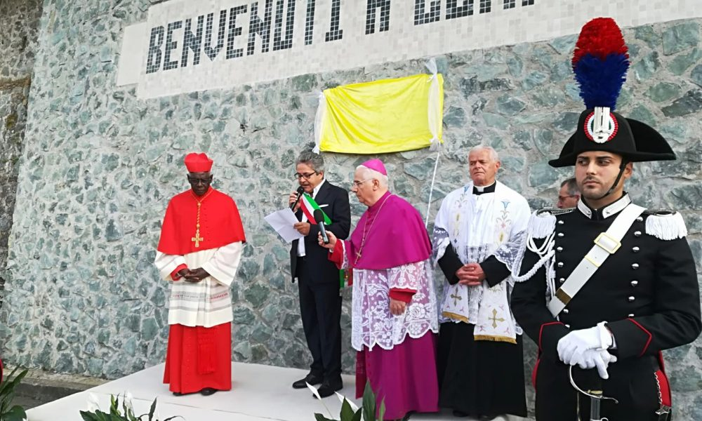 Conflenti saluta il vescovo