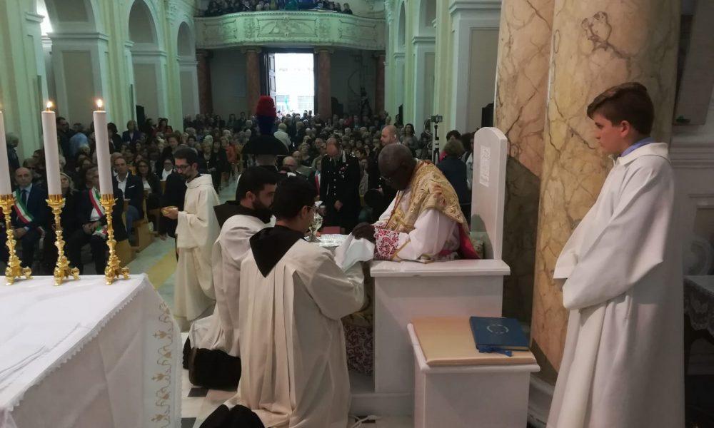 Cardinale Fine Messa