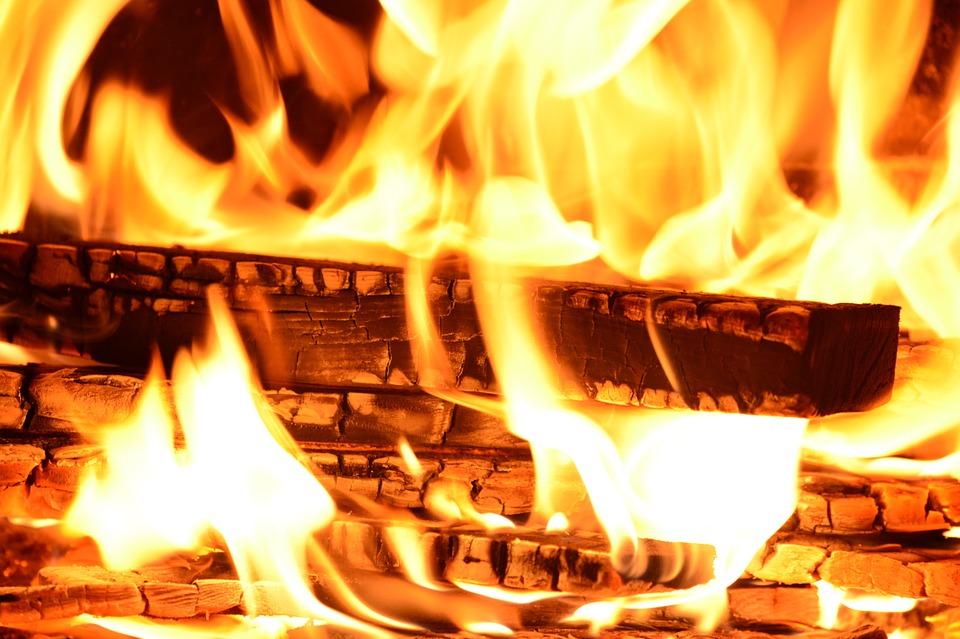 riti e tradizioni Conflenti: fuoco