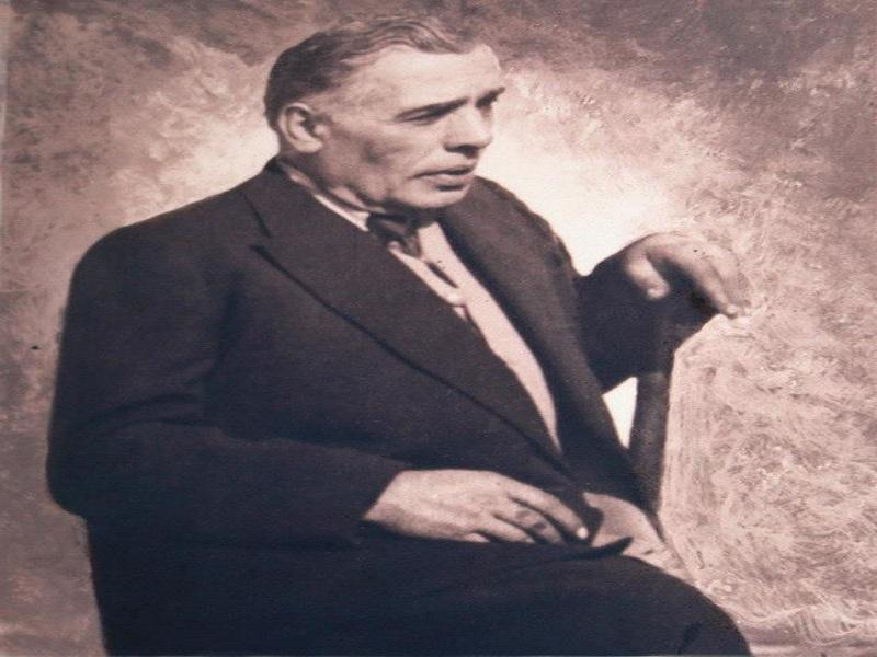 Farmacia e il farmacista Michele Roperti