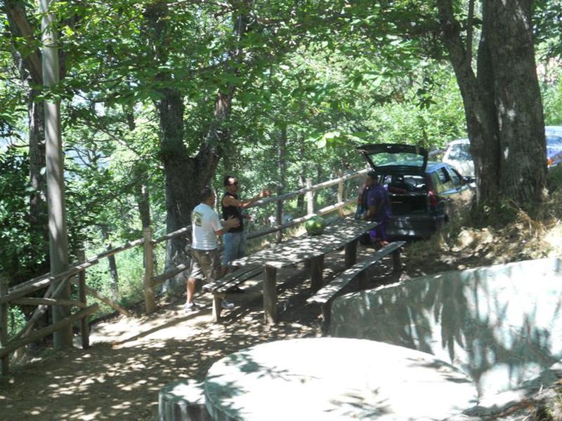 Area Attrezzata. zona picnic in Querciuola