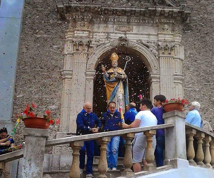 San Nicola in processione