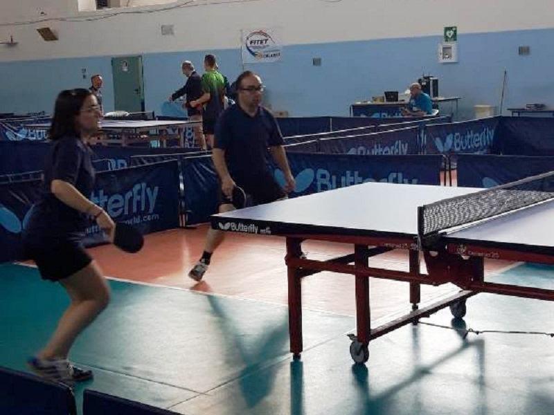 ping pong: Mg E Tonino