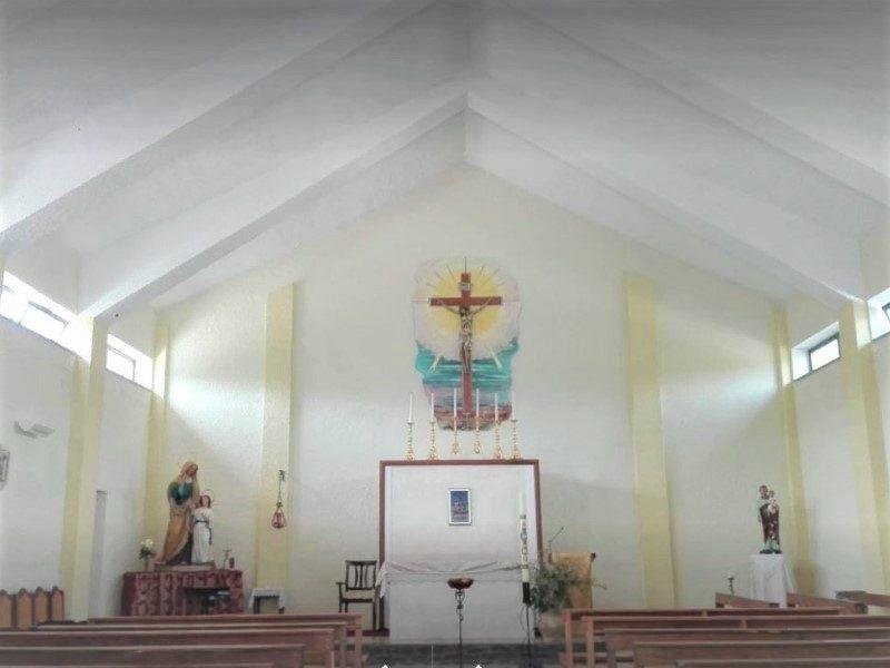 Interno chiesa Sant Anna
