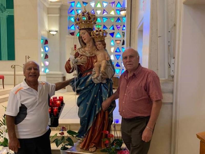 Statua della Madonna a Toronto