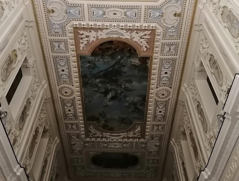 Opere d'arte: Apparizione Della Madonna Nella Basilica