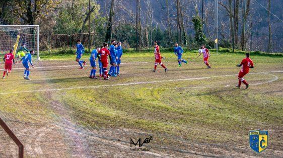 asd Conflenti Mac Calcio Di Punizione In Corso.jpg